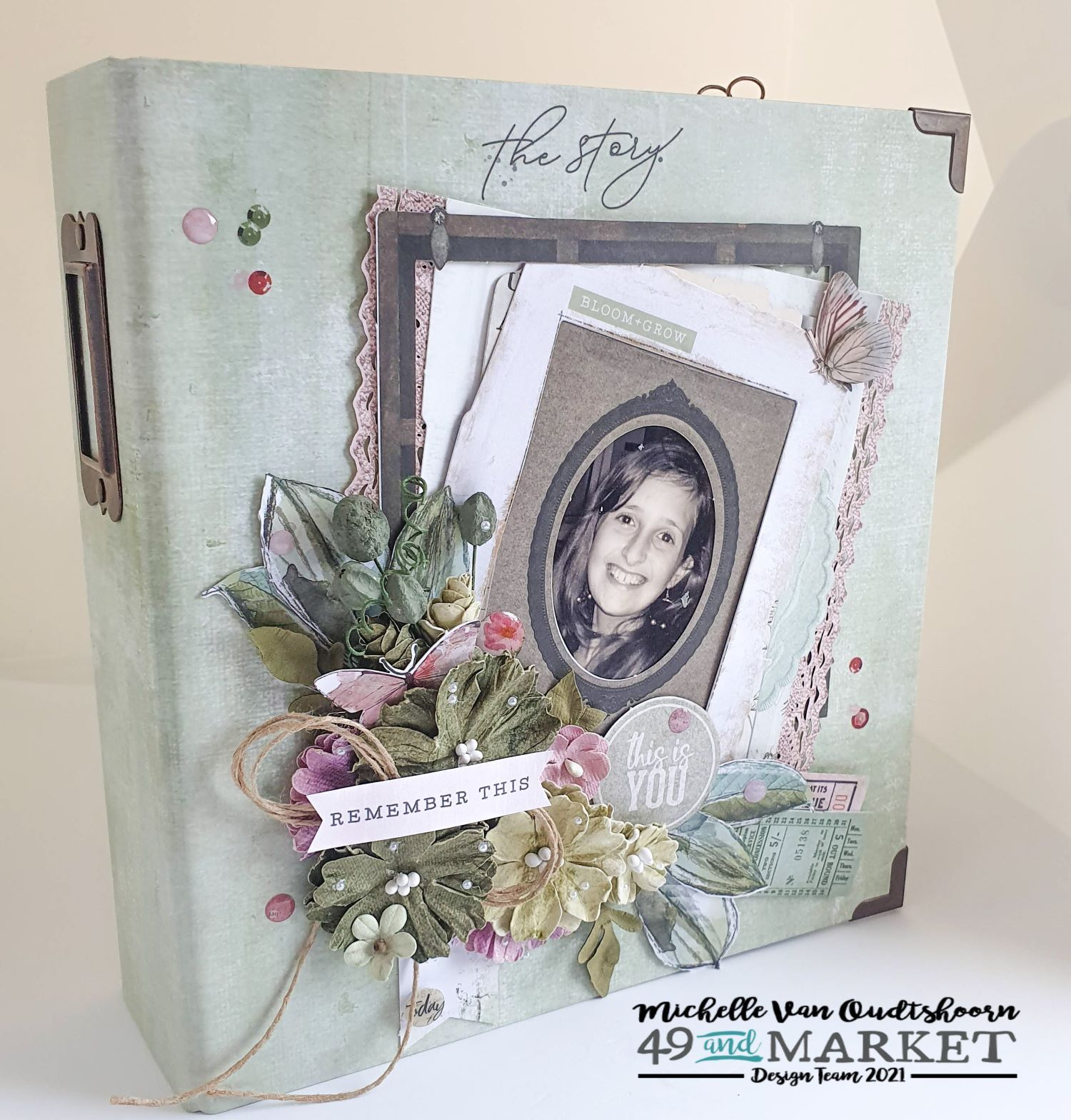 The Story - Binder Album by Michelle Van Oudtshoorn